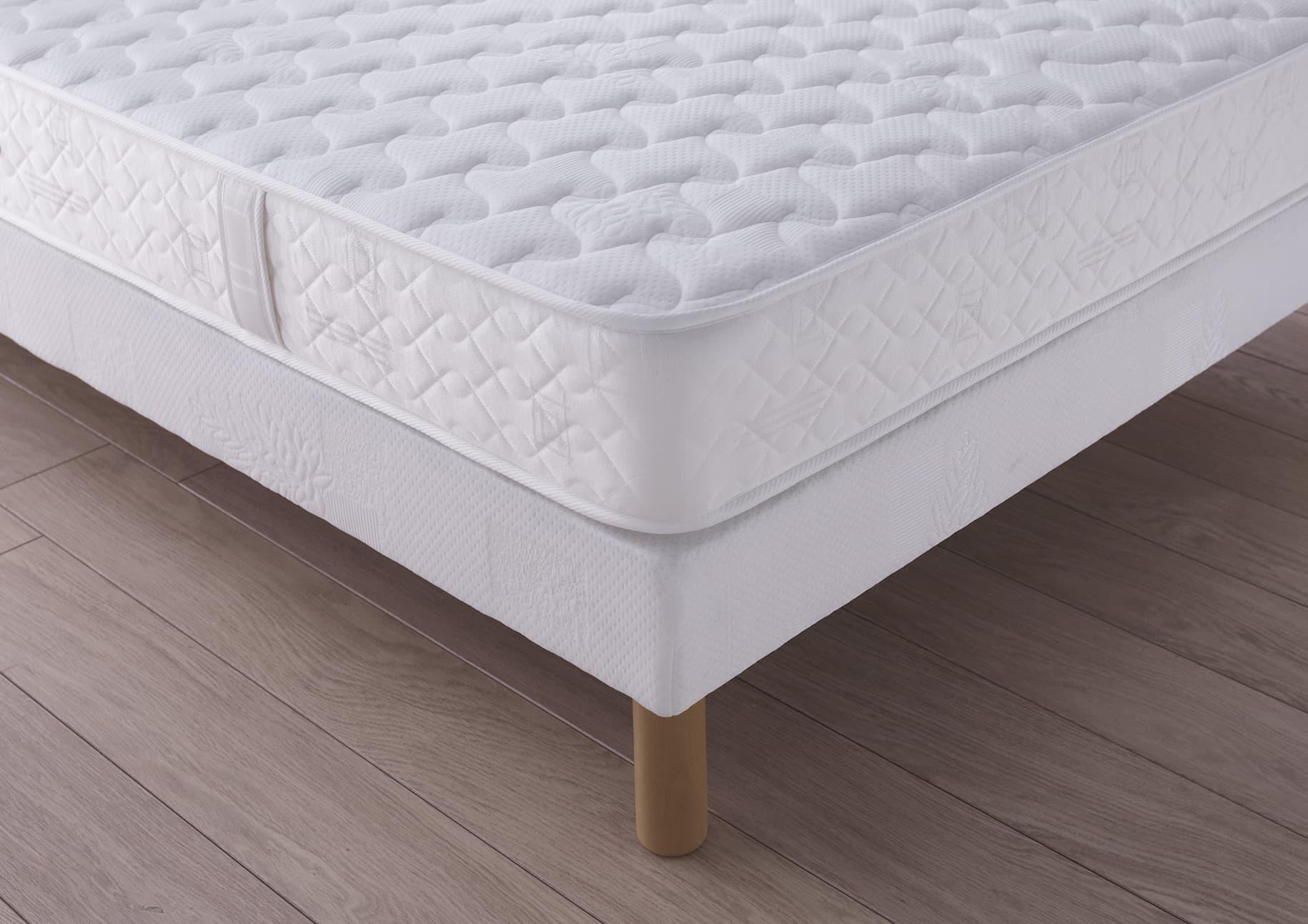 chambre matelas ressort ensach soutien ferme accueil ferme. Black Bedroom Furniture Sets. Home Design Ideas