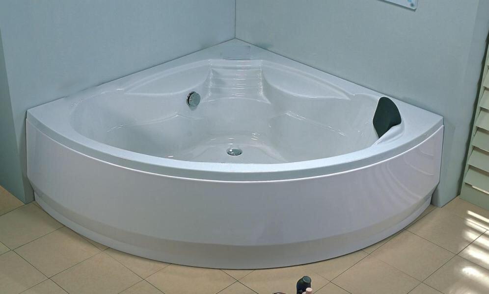Salle de bain baignoire d 39 angle dalia sb expo for Expo salle de bain