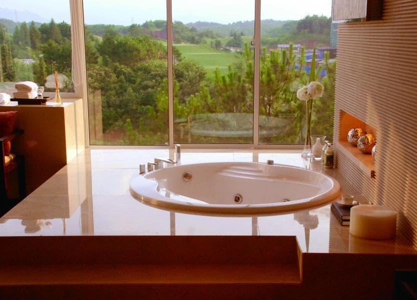 Salle de bain baignoire ilot anzio baignoire balneotherapie ilot 180x75 - Baignoire balneotherapie ...