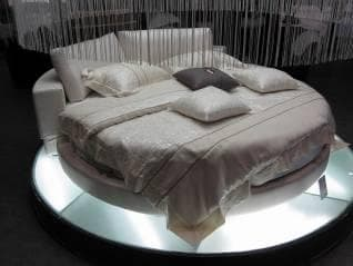 vente flash evenementiel queshua blanc lit rond matelas blanc. Black Bedroom Furniture Sets. Home Design Ideas